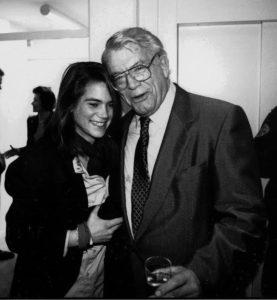 Stephanie Nannen und ihr Großvater Henri Nannen, etwa 1990. Foto: Kress