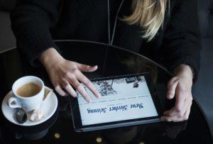 So illustriert die NZZ auf ihrer Webseite die Einführung des neuen Leserforums. NZZ-Foto: Dominic Steinmann