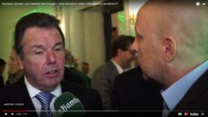 Jahresempfang des Hamburger Abendblatt: Interview mit dem HSV-Vorsitzenden Bruchhagen. Foto: Screenshot Online-Video