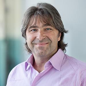 Vinzens Wyss ist Journalismus-Professsor in Winterthur (Schweiz). Foto: Uni